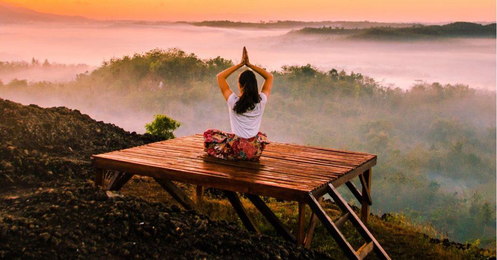 Psicólogos en línea - ¿cómo practicar yoga en casa_- terapify psicólogo online