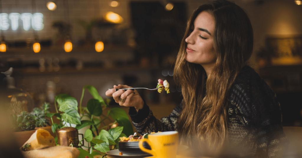 Alimentación intuitiva ¿qué es y qué beneficios tiene?