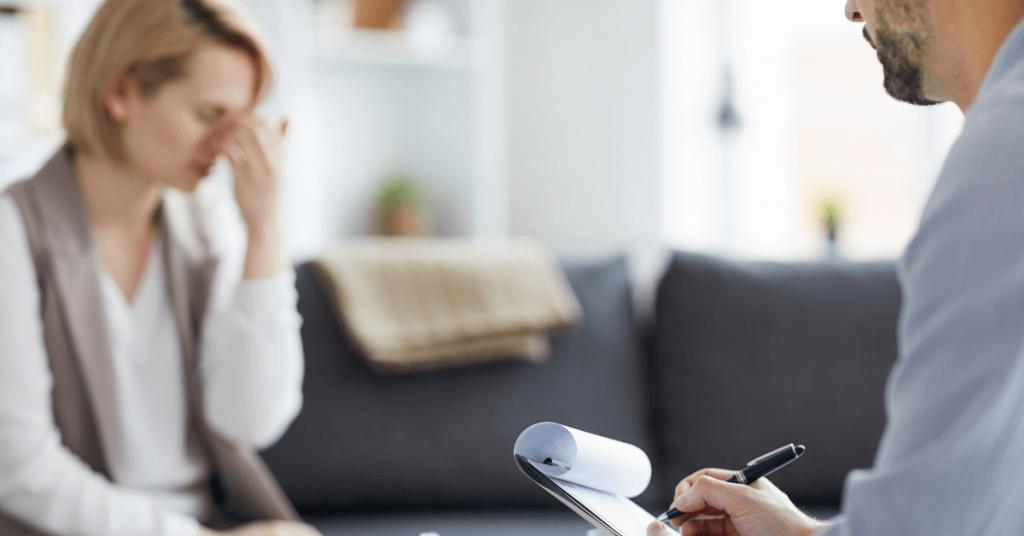 ¿Cómo saber cuándo necesito hablar con un psicólogo?